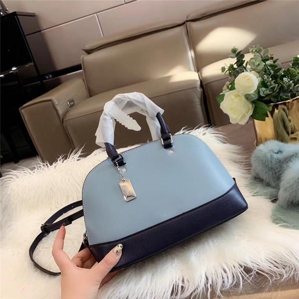 Luxury Designer Handbag Women Designer Shoulder Bag Fashion Wild Joker Shell Type Bag Trend Versatile Lovely High Quality Leather Newset 3