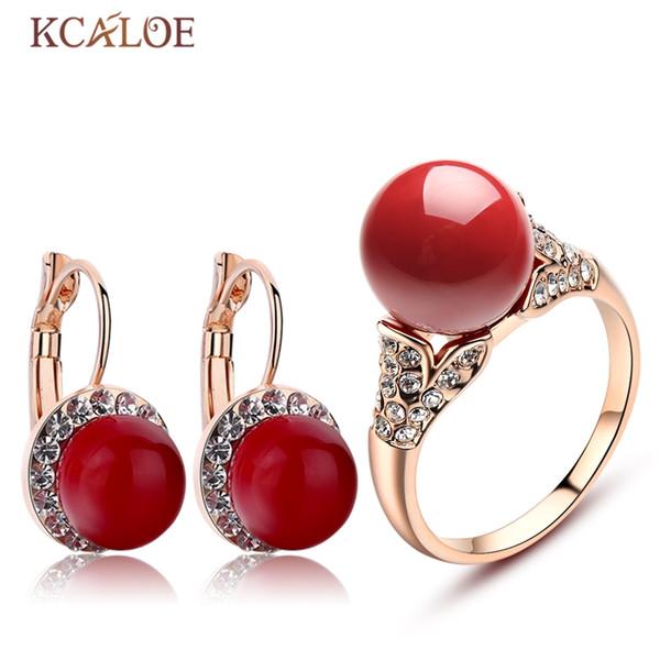 KCALOE Orecchini e set di anelli in oro rosa Accessori per la sposa Set di gioielli da sposa in cristallo di corallo rosso artificiale