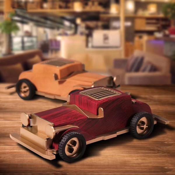 Subwoofer inalámbrico auto clásico clásico retro del altavoz del bluetooth del coche de la vendimia con el soporte del teléfono Soporte de FM USB / TF de la tarjeta juega el altavoz del automóvil del autobús