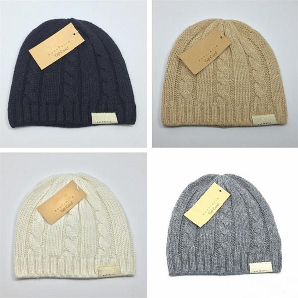 Australie Designer UG Chapeaux Tricotés d'hiver pompons Bonnet Femmes Skull Caps Gorro UG chaud durable Crochet Hat Sports de plein air Cap Knit Chapeaux