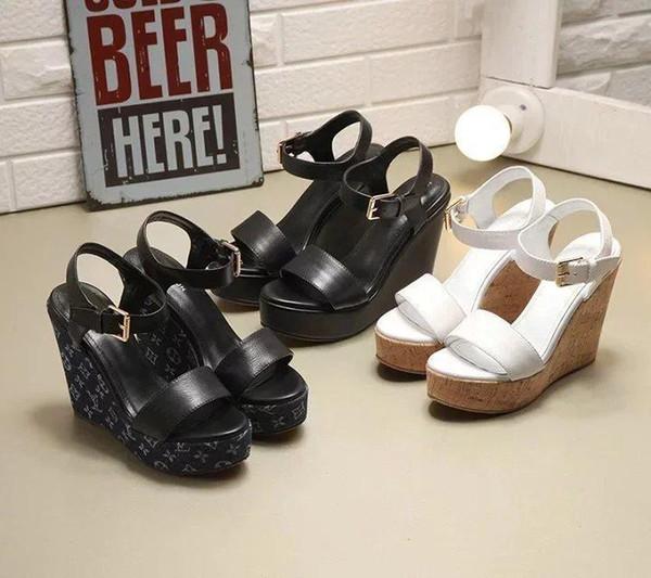 Calidad superior de lujo mujeres carta impresión zapatos de tacón alto lienzo impreso cuero volver tacones altos sandalias con caja
