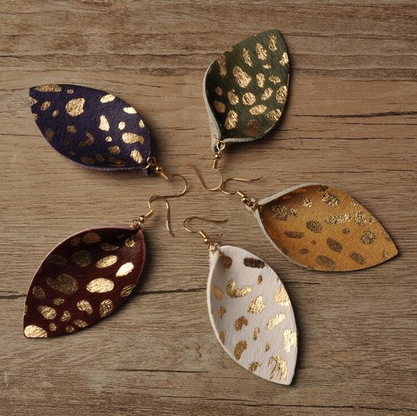 Wholesale Fashion Charm Jewelry Real Leather Leaf Earrings Statement Spots Pattern Leather Dangle Earrings For Women Lady Gift