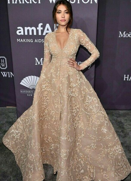 Evening dress Yousef aijasmi 2018 Ashi studio Long sleeve V- neck Ball gownFloor length Sequines l Zuhair murad Kylie Jenner kardashian 0087