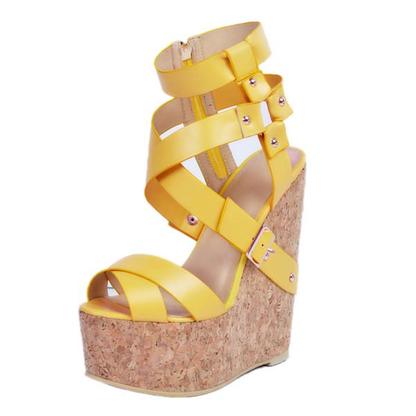 9b4012e8a1 2019 Modas Mulheres Sandálias Plataforma Peep Toe Cunhas Sandálias Lindas  Sapatos Amarelos Mulher Sandálias Gladiador Baclkle