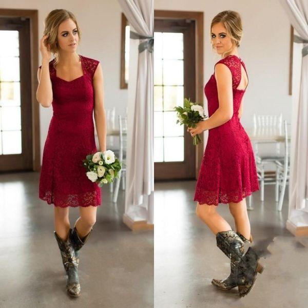 Dare Red Short Country Abiti da damigella d'onore con maniche lunghe e maniche lunghe al ginocchio Camicia da damigella d'onore Abiti da sposa economici