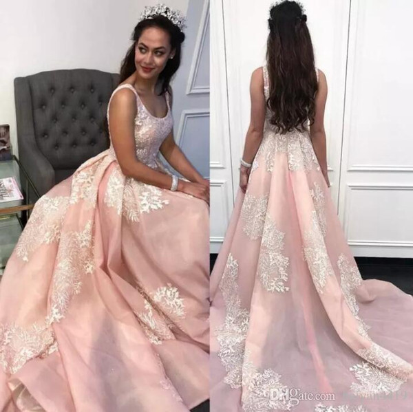 Prom Dresses Light Pink Scoop Neck Sleeveless White Lace Appliques Sweep Train A Line Evening Dresses Cheap Party Quinceanera Dresses