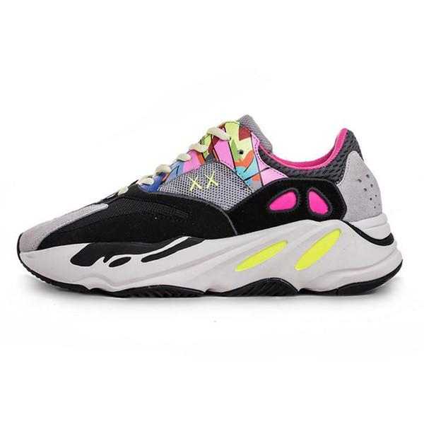 2019 Wave Runner chaussures Kanye West Glow in Dark Reflective line Running shoes size fashion luxury mens women designer sandals shoes
