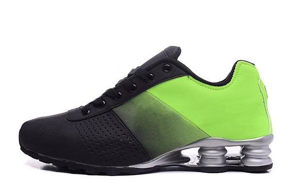 CC11 Black Green