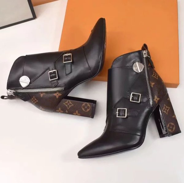 Fashion Luxury Designer Women Boots high quality Star Trail Lace-up Ankle Boots With Leather and heavy-duty soles leisure lady boots 08