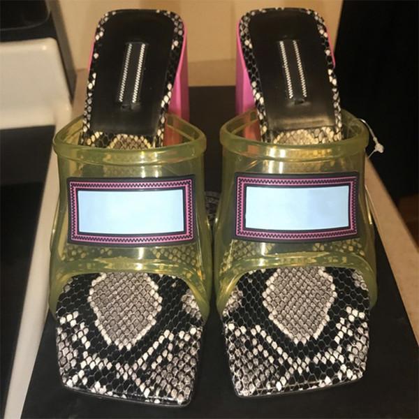 Yeni Şeffaf Kadın Orta Topuk Sandalet PVC yılan derisi sandalet 100% deri Yüksek Topuk Katırlar Slaytlar lüks terlik boyutu 34-42