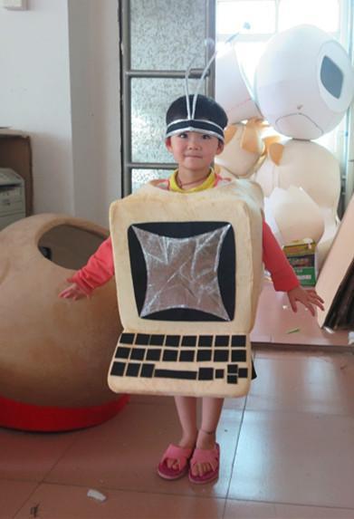 Personagem de mascote de computador portátil Cartoon personagem Mascotte Mascota Outfit Suit