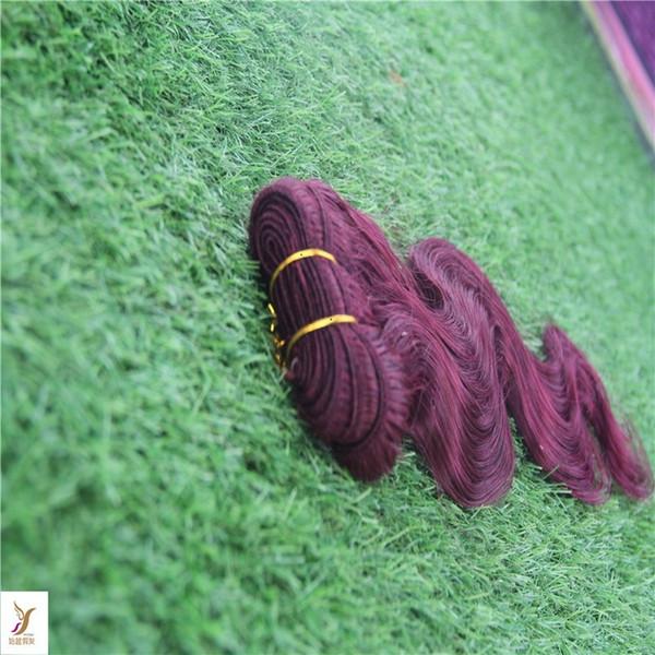 Fasci di onda del corpo di colore rosso Fasci di capelli vergini peruviani Fasci di capelli umani al 100% Estensione di capelli a doppia trama non remy da 10-30 pollici
