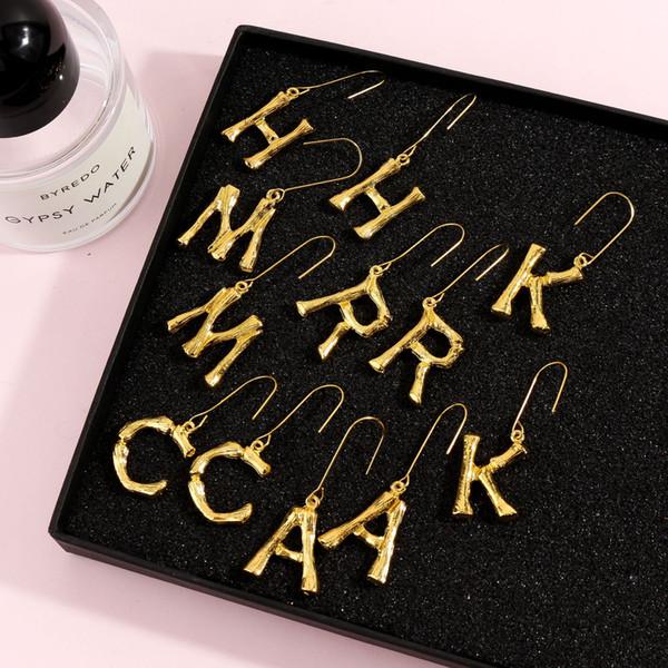 Mujeres 26 letras carta colgante pendientes populares declaración de moda colgantes de la vendimia pendiente