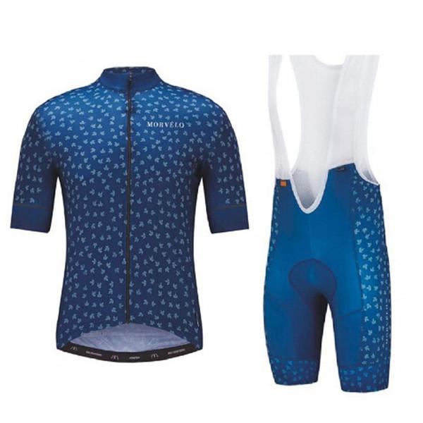 Jersey y pantalones cortos 12