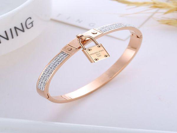 Luxury Gold Tone Designer Bracelets Fashion Women Charms Bracelets Lock Bangle Bracelets Jewelry Valentine Gift Time Limited