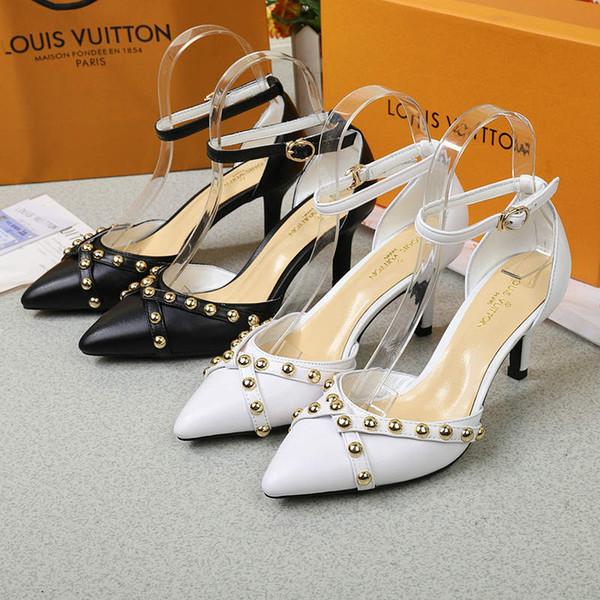 L'ultima estate di alta qualità delle signore di moda semplici sandali casual selvaggio classico scarpe di lusso donne sandali tacco alto