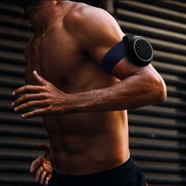 2019 yeni kol bandı spor bluetooth kablosuz hoparlörler mini taşınabilir açık TF kart oyuncu ile led işık hoparlör süper bas Ücr ...