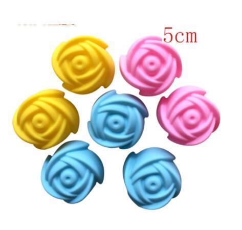 500 teile / los Schnelles verschiffen 5 cm Rose Blume Kuchenform Pudding Grade Silikon Backform Cupcake Mould Backform Backformen
