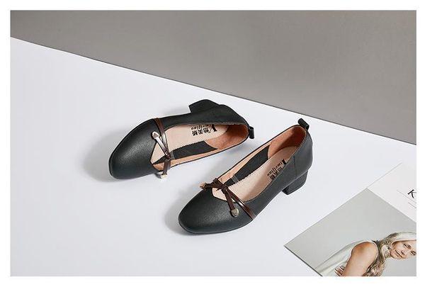 2019 E6 venta caliente para mujer zapatos de moda el más nuevo estilo de damas zapatos planos de alta calidad de cuero suelas suaves zapatos con caja size35-41