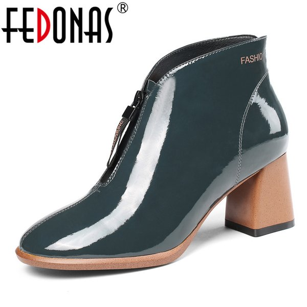 FEDONAS Qualität Warme Herbst Winter Frauen Echte Kuh Lackleder Stiefeletten Kurze Stiefel High Heels Party Schuhe Frau