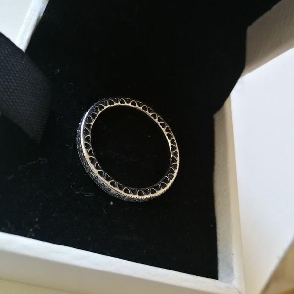 Серебряное кольцо + КОРОБКА