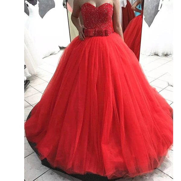 Red Ball Gown Long Prom Dress with Bow Tie Sweetheart Beading Corset Evening Party Gowns Sweep Train Tiered Sweet 15 Dress