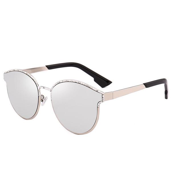 a5d69c3e32c24 2019 Hot Marca Óculos De Sol De Luxo Designer De Moda Full Frame Óculos de Alta  Qualidade Proteção UV Famoso Eyewear Mulheres Olho De Gato óculos de Sol