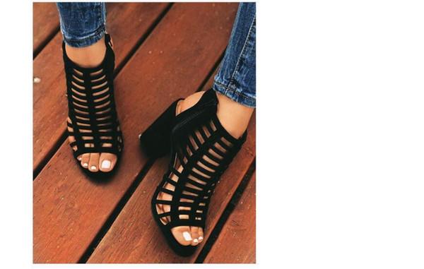Yeni Kaba Topuklu İçi Boş Lazer Avrupa ve Amerikan Dış Ticaret için Yüksek Topuklu Ayakkabılar 2019 yılında Roma sandalet bayan ayakkabısı dolu