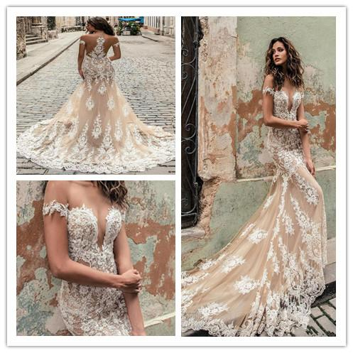 Champagne Julie Vino Wedding Dresses 2019 Off Shoulder Deep Plunging Neckline Bridal Gowns Sweep Train Lace Wedding Dress Custom Made