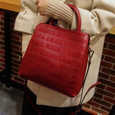 New fashion sale leather handbags bucket bag leather portable bucket bag ladies fashion Europe and the big brand with the same bag