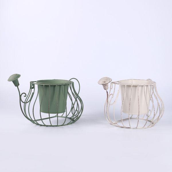 Distressed Planter Tin Flower Pot Retro Flower Insert Floor Standing Vintage perfect for Garden Indoor Decroration