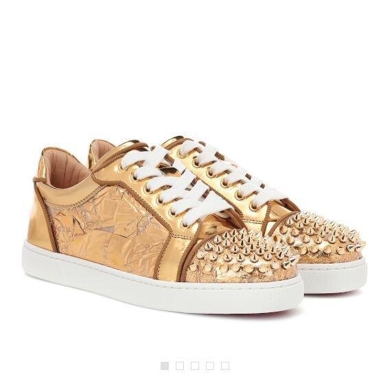 Elegant Low Top Style Golden Embellished Leather Vieira Spikes Sneakers Red Bottom Luxury Men'S Leisure Women Men Red Sole Outdoor Trainers Loafers