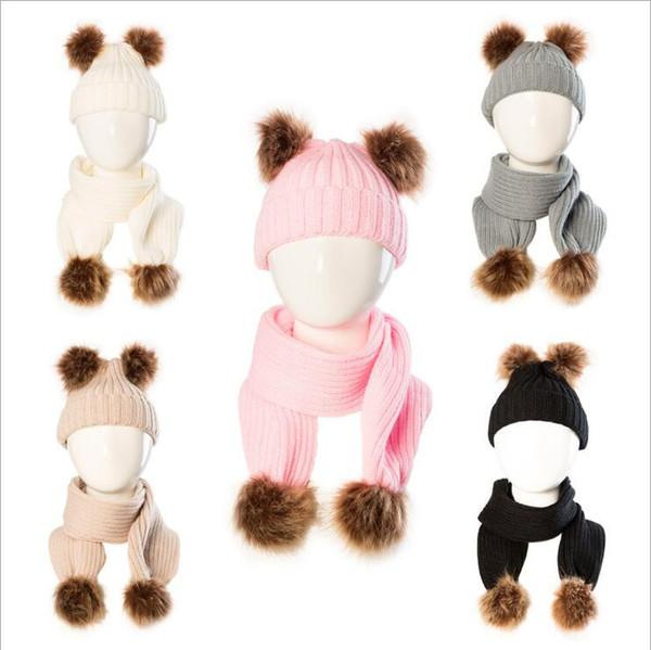 Bambino Cappello di lana Sciarpa di moda i bambini Fur Pom Beanie sciarpe inverno Solid Cappelli sci Skull Caps Sciarpa Kit Xmas Party Hat all'aperto Cappelli caldi regalo B6234