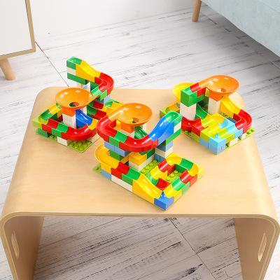 Blocs de construction éducatifs pour enfants assemblant des garçons et des filles City Baby Jouets éducatifs pour la petite enfance Jouets interactifs