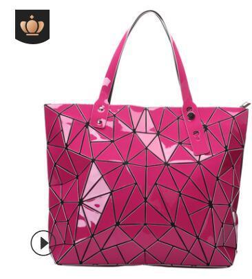 Cross-border special for the new PVC small cosmetic bag three-piece set geometric diamond lady luminous radium archer to take the bag 02