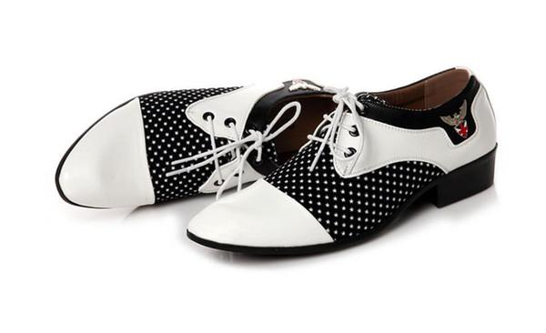 Herren Designer Schuhe 2019 Männer Kleid Schuhe Plus Größe 38-44 Männer Business Flache Schuhe 2 Farben Atmungsaktiv Low Top Männer Formelle Büro Schuhe
