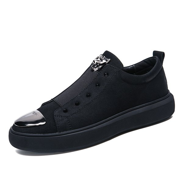 2019 men's new rivet leather top layer leather upper Korean casual shoes black 38-43 yards free postage