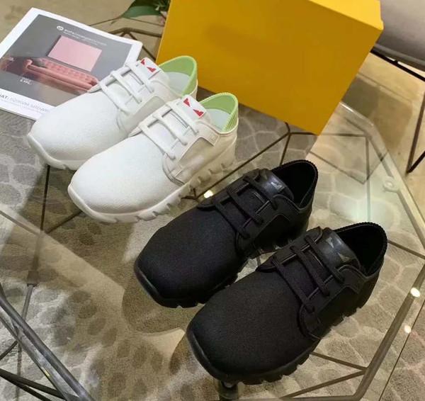 Avec la boîte Sneaker Chaussures Casual Baskets Mode Chaussures de sport de haute qualité Bottes en cuir Sandales Chaussons Vintage Air pour Homme Femme FD1804