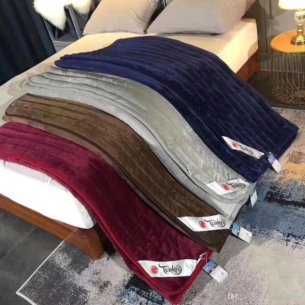 O colchão completo do tamanho da rainha engrossa o outono puro da cor e o colchão macio da cama da forma da cor Mattess 4 do inverno