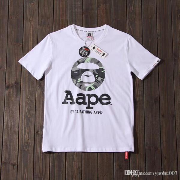 New APE homens e mulheres usam de manga curta luminosa camuflagem contraste cor carta padrão de impressão de qualidade T-shirt de algodão