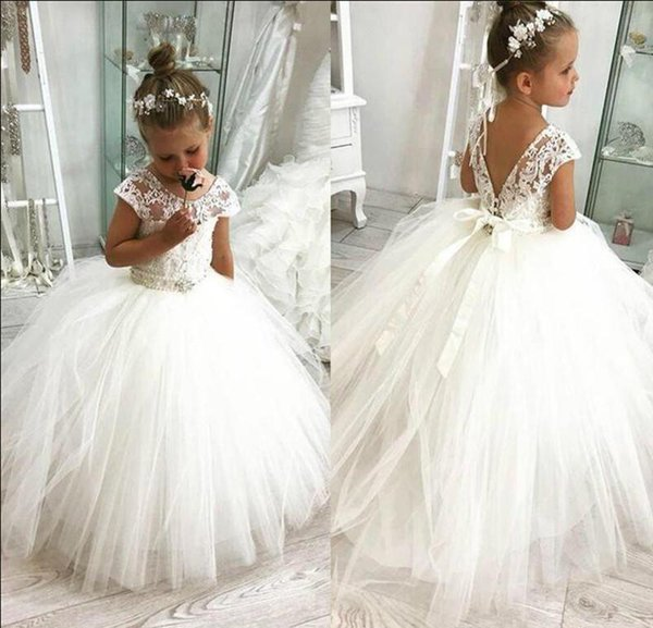 White Lovely Cute Flower Girl Dresses 2019 Vintage Princess Appliqued Daughter Toddler Pretty Kids Formal First Holy Communion Gowns