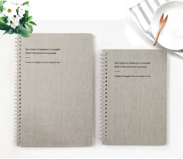 Yeni Basit A5 / B5 Beyaz Karton Kapak Dizüstü Günlük Program için Memo Lüks Okul ofis malzemeleri Yaratıcı hediyeler Dergisi Kırtasiye
