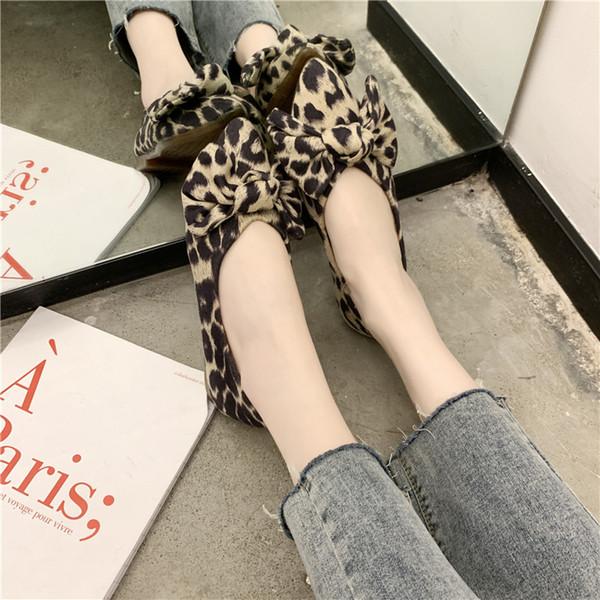 Zapatos planos de las mujeres COOTELILI Pisos resbalón en los zapatos en punta del dedo del pie de primavera para las mujeres de los holgazanes leopardo arco-nudo