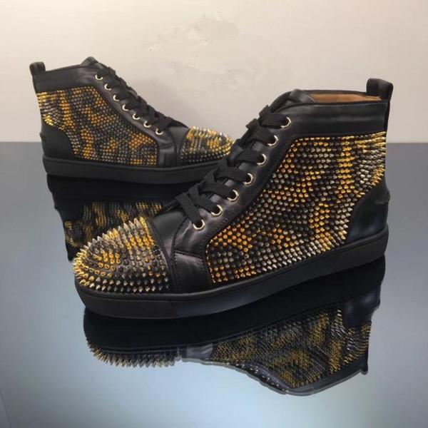 Toptan Kırmızı Alt Erkek Casual Sneakers, Marka Yüksek Top Parlak Altın Ile Siyah Çivili Ayak Kaykay Spor Ayakkabı boyutu 35-46