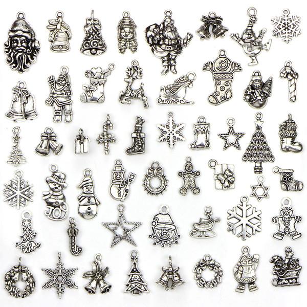 Assorted 50 projetos encantos de natal papai noel boneco de neve árvore de natal floco de neve pingente charme DIY presente de jóias de natal fazendo 50 pçs / saco