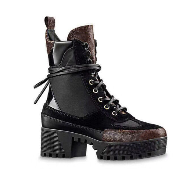 best selling Martin boots Winter Coarse heel women shoes Desert Boots 100% leather flamingos Love arrow medal boots Lace up High heels Large size 4-41-42