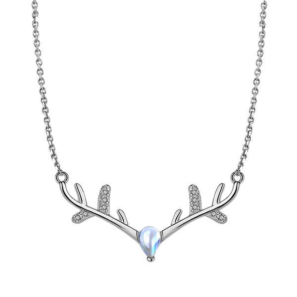 1 pc Elk Pendant Necklace Elegant Fashion Silver Cute Deer Choker Necklaces Reindeer Clavicle Chain for Ladies Girls Women