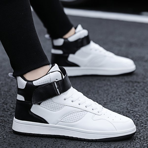Nouvelle tendance Hommes High Top Sneakers Trous respirants Sport Basket Chaussures de course Étudiants Appartements Jeunes Anti-Slip Trainers Chaussures Hombre