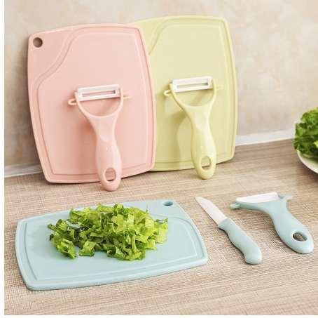 Coltelli da cucina in ceramica Set Coltelli da frutta in ceramica da casa Set Tre set di coltelli per pelare Tagliere in plastica