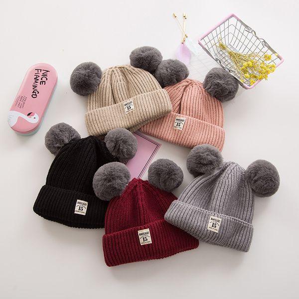 Bonito Moda Bebê Inverno Quente chapéus Bonés de tricô macio com dupla bola de lã Pure color Meninos e Meninas